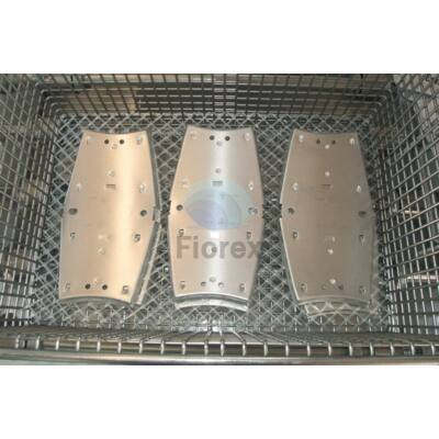 Fémalkatrész mosó műanyag rács  600mm x 50 m PP FIO-0696